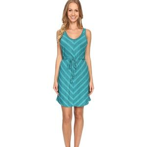 NWT The North Face Breeze Back Dress Size M